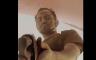 《狼群行动2》竖版预告 解救战火中的灾民