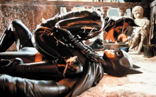 蝙蝠侠归来:猫女被蝙蝠侠打败后,开始用女人魅力诱惑他!