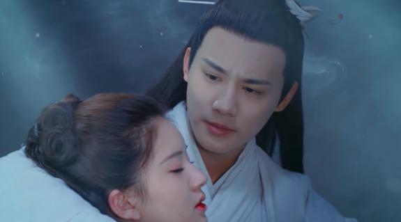 《三千鸦杀》开播 郑业成赵露思上演乱世大义