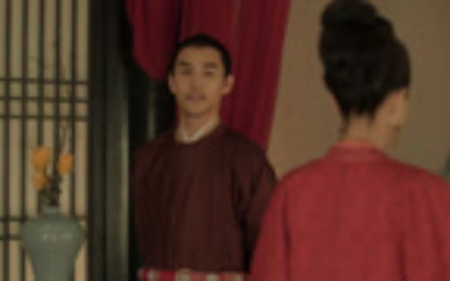 皇上夜访坤宁宫,皇后紧张又惊喜,两个人好温馨