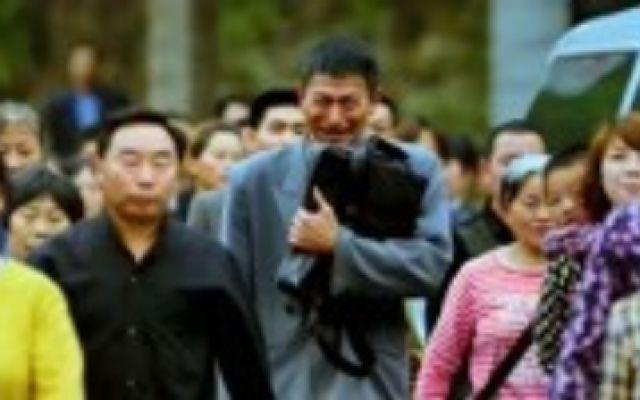 《失孤》井柏然回家了,刘德华压抑的哭了,这一幕看哭多少人