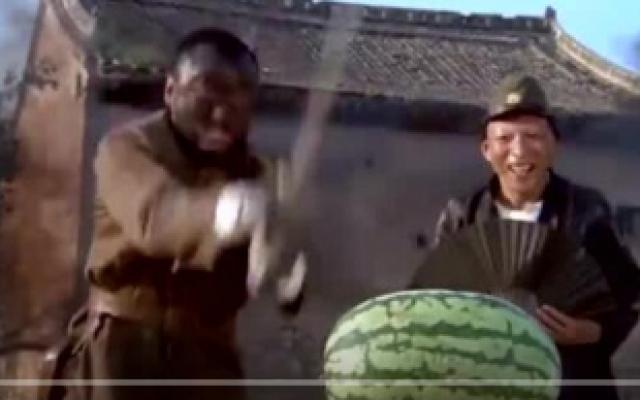 《举起手来》经典搞笑片段,笑到肚子痛!