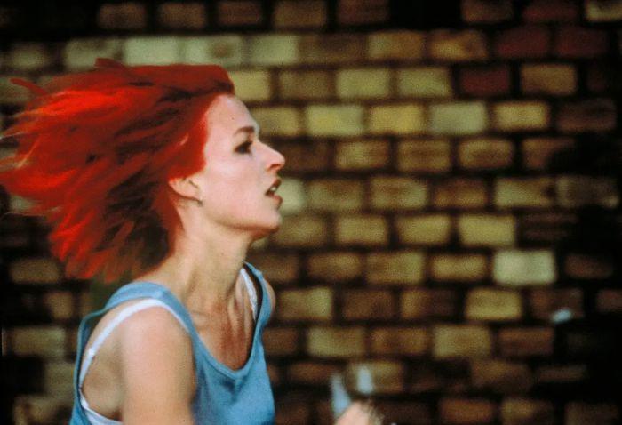 宝莱坞将翻拍经典电影《罗拉快跑》 预计明年上映