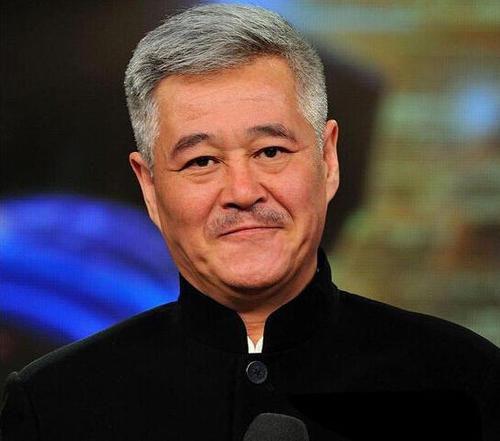 """赵本山回应改国籍:""""我的根在中国,我不会移民"""""""
