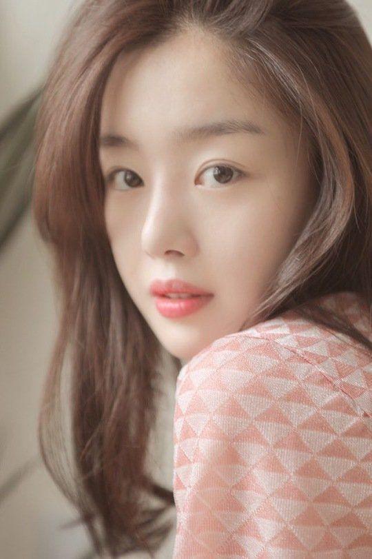 韩善花将出演《便利店新星》 与池昌旭饰演情侣