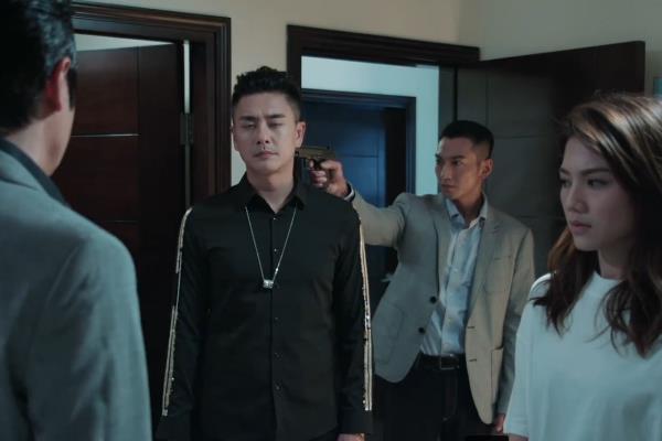 《战毒》结局虎头蛇尾,三兄弟主角光环,韦俊轩和她一起下线更好