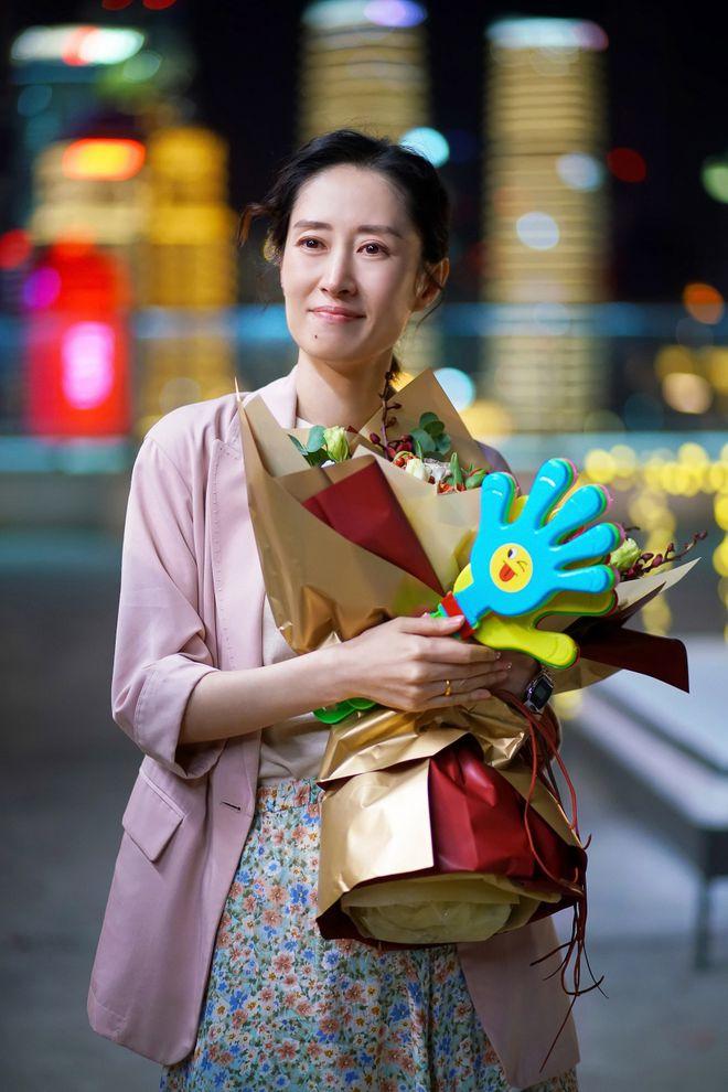 刘敏涛主演《生活家》杀青 无缝进组《对你的爱很美》