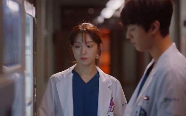 《浪漫医生金师傅2》未公开花絮,为了忘不了这部剧的浪漫的人们