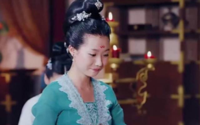孤芳不自赏公主如此尊贵,竟甘心服侍何侠,何侠会领情吗