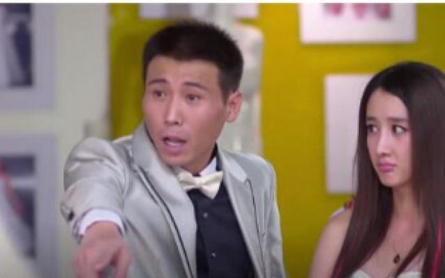 小爱情:伴娘挑衅新娘子,竟穿婚纱和她争高下