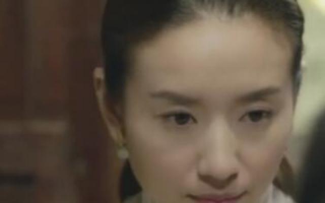 父亲教儿女做饺子,没想到坐着安然离世