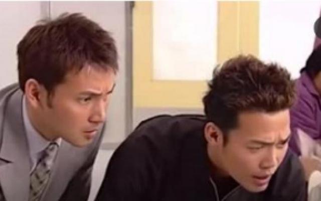皆大欢喜时装版:金年金月兄弟不和,刘锦假装患绝症想让二人和好
