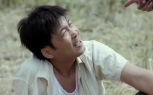 《兰桐花开》刘厚田对老婆大打出手