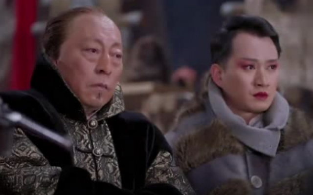 林海雪原:栾平反咬胡彪是共军,胡彪机智对应,栾平快被整哭了